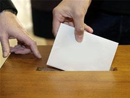 25'nci Dönem Milletvekili Genel Seçimi'ne katılma yeterliliğini taşıyan siyasi partiler şöyle: