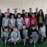 Akkuş Belediyesi'nden Badminton Takımına Malzeme Yardımı