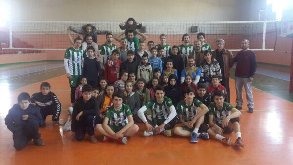Akkuş Bld. Voleybol Takımı Konya'da Play Off Maçları Oynayacak?