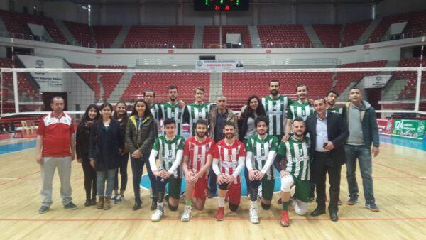 Salı Günü Saat 12.00 de Ankara'da İlk Maç Akkuş Belediyesi Voleybol Takımını Desteklemek İçin Selim Sırrı Tarcan Spor Salonunda Buluşalım