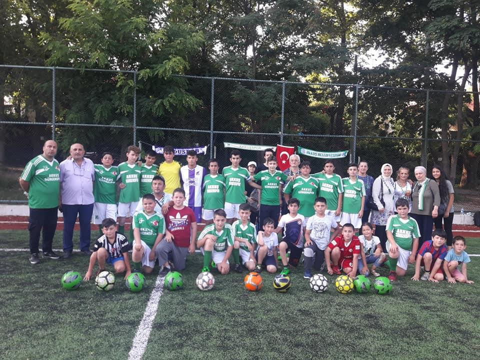 3. Hazırlık ve Dostluk Maçında Zonguldak'ta Kurulu Bulunan Akkuş Spor Zonguldak Üzülmez Sporu 5-2 Yendi.