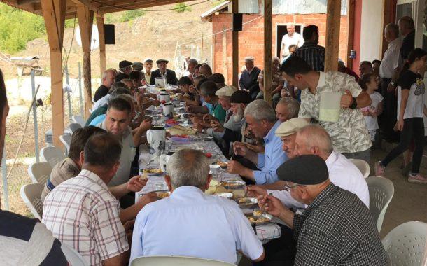 Akkuş mahallelerinde geleneksel davetler yapılmaya devam ediliyor. Çukurköy'den Cabbar Tetik'in davetinden görüntüler