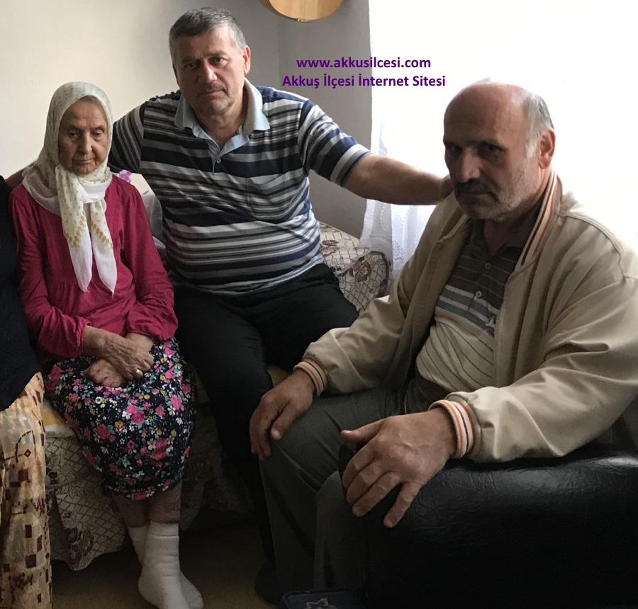 Kuşçulu Mahallesi Esebeleği Semtinden Şehri SAVAŞ Vefat Etti.