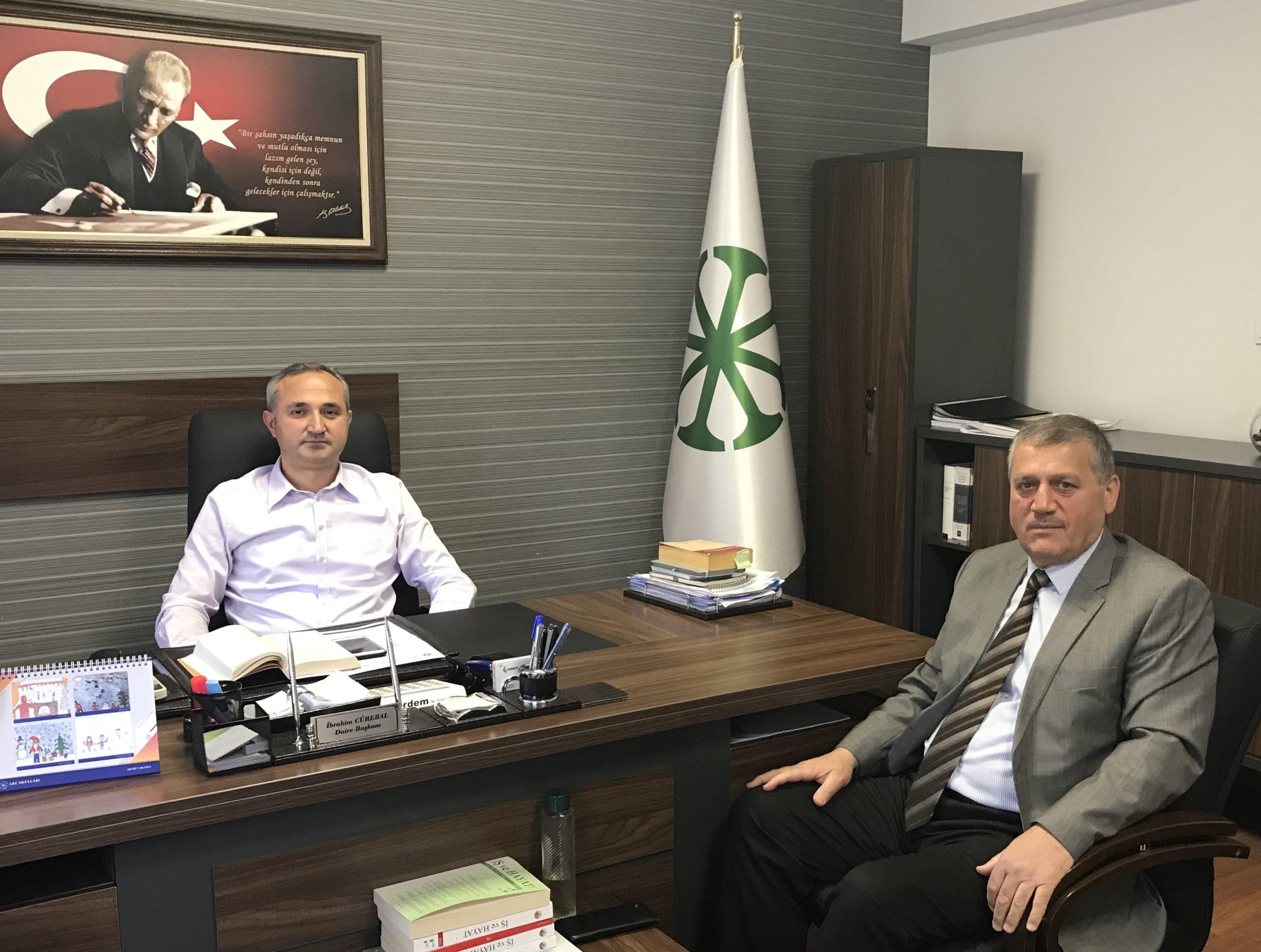 Türkiye Şeker Fabrikaları Genel Müdürlüğünde İdari İşler Dairesi Başkanı olarak görev yapan Hemşehrimiz, tecrübeli bürokrat İbrahim CÜREBAL'ı ziyaret ettik.