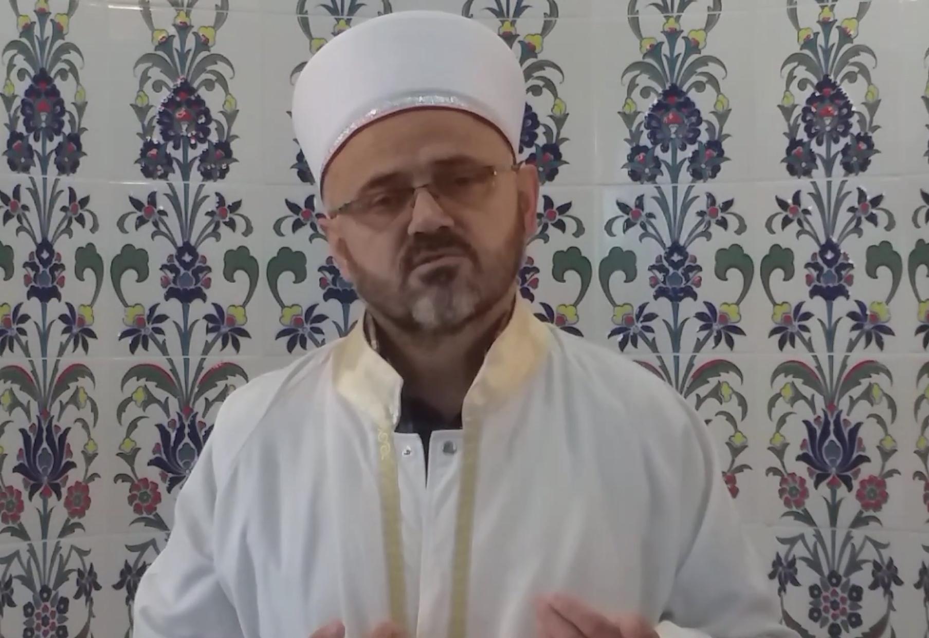 Canlı Video Yayını İle 1. Kur'an-ı Kerim Hatminin Duasını Hasan IŞIK Hocamız Yaptı