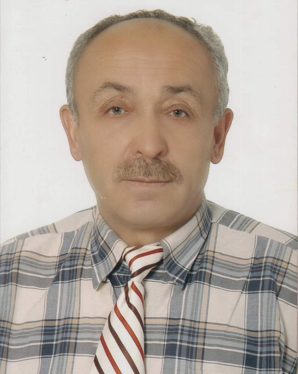Sitemiz Köşe Yazarı Bahadır Kayımoğlu'nun Babası Emekli Öğretmen Avni Kayım Vefat Etti