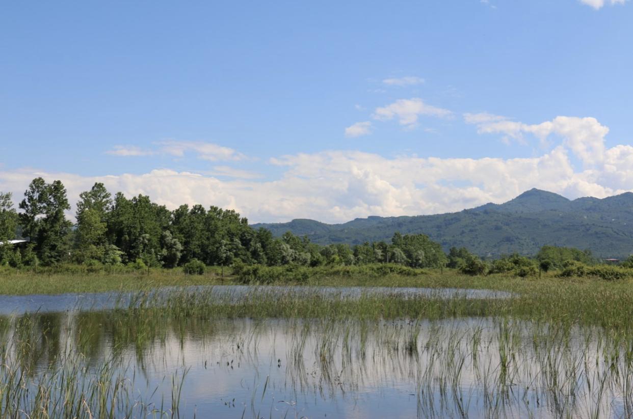 Huzur Gölü