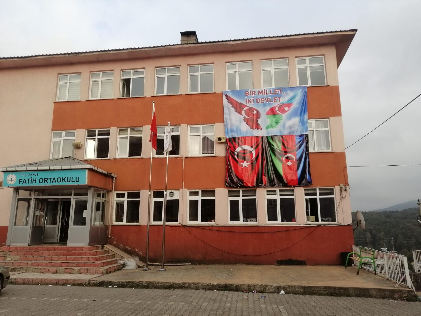 Akkuş Fatih Ortaokulundan kardeş ülke Azerbaycan'a anlamlı destek...